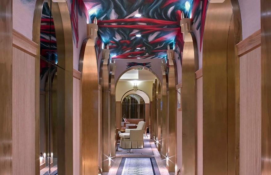 Philippe Starck | Confidentiel Hotel , 不堪重负社会的最后火花