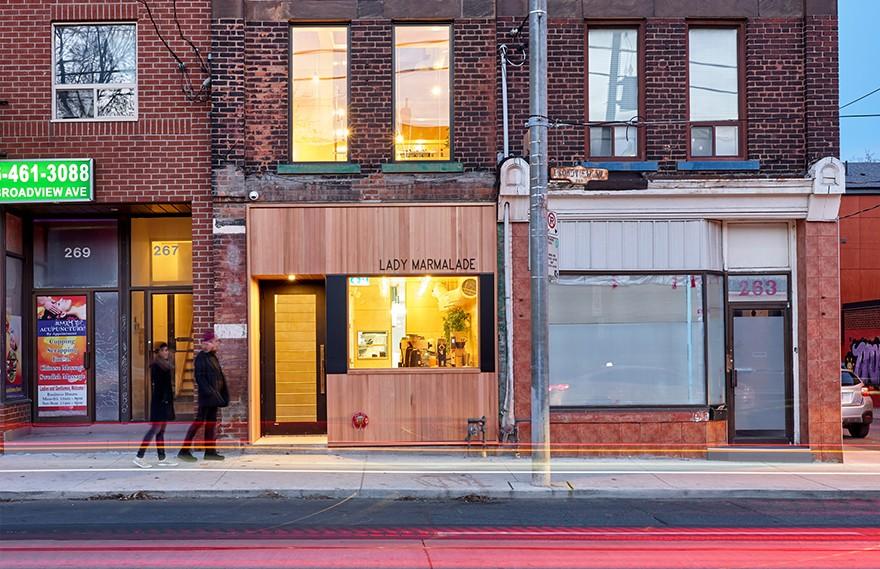 Omar Gandhi | Lady Marmalade Eatery , 明亮宽敞的空间