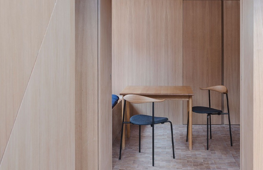 Coffey Architects | London Apartment , 木作极简公寓