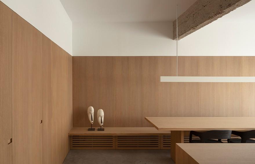 Francesc Rifé | ME Apartment , 工业质感的极简风格