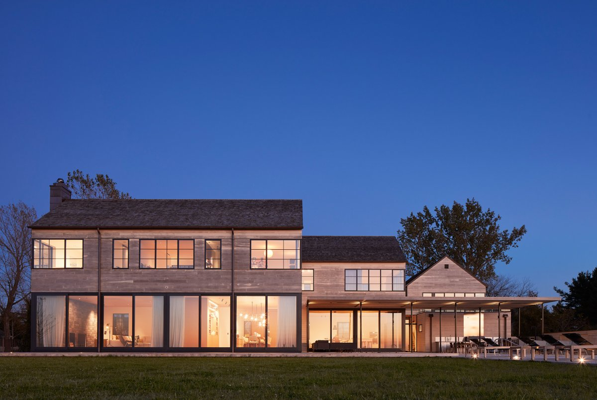 Beach Residence Designed By Wheeler Kearns Architects