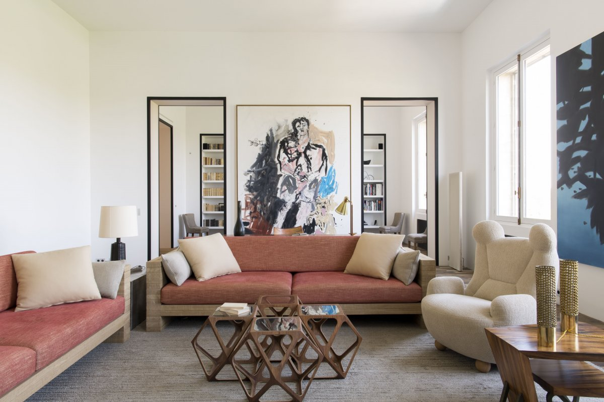 Rive Gauche Apartment Designed By Pierre Yovanovitch