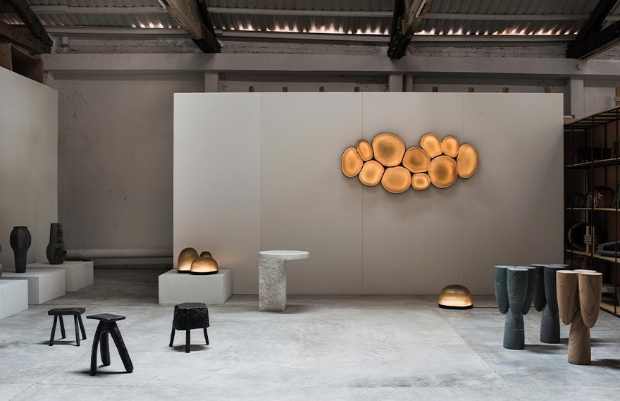 EWE Studio | Roma家具展厅 , 打开设计的戏剧性天窗