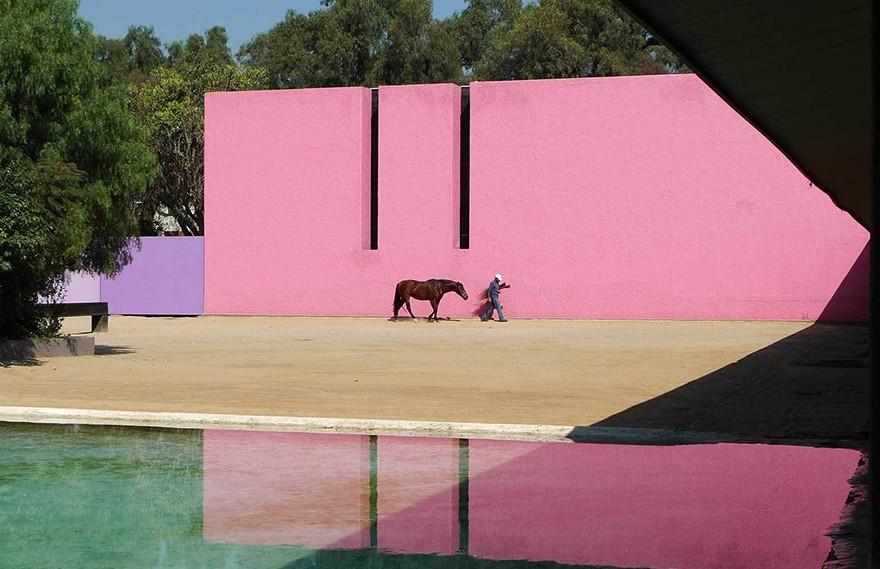 Luis Barragan | Cuadra San Cristobal Photo by Steve Silverman