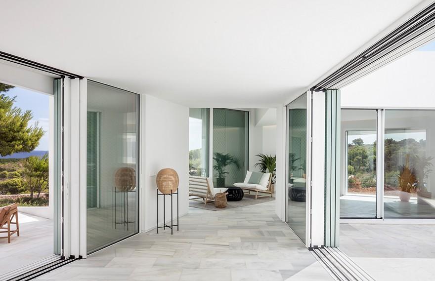 MRTN Architects   The Good Life House