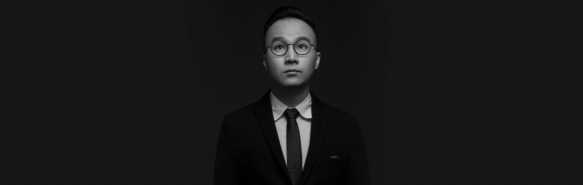 Youngi | 独家专访深圳x艾克设计谢培河